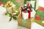 Новорічні подарунки дітям працівників: правила надання та оподаткування